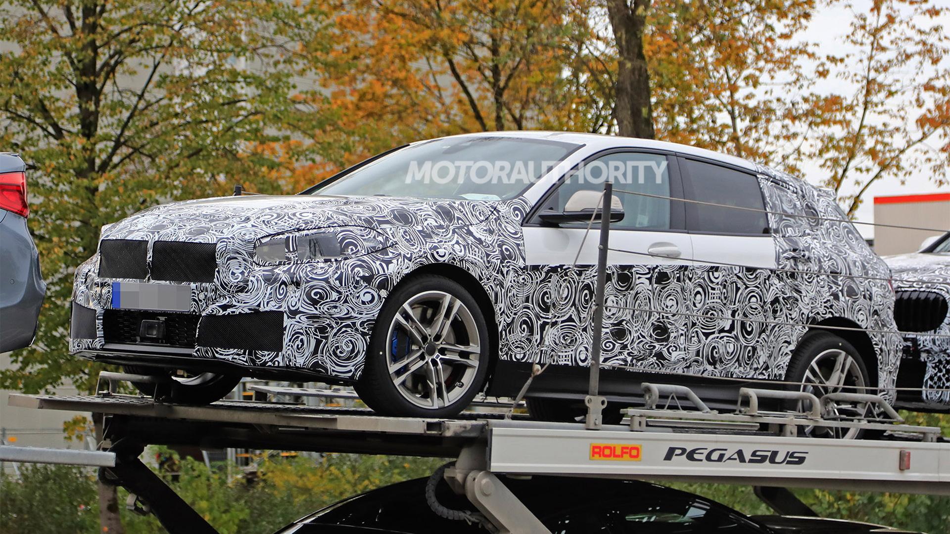 2019 BMW 1-Series Hatchback spy shots - Image via S. Baldauf/SB-Medien