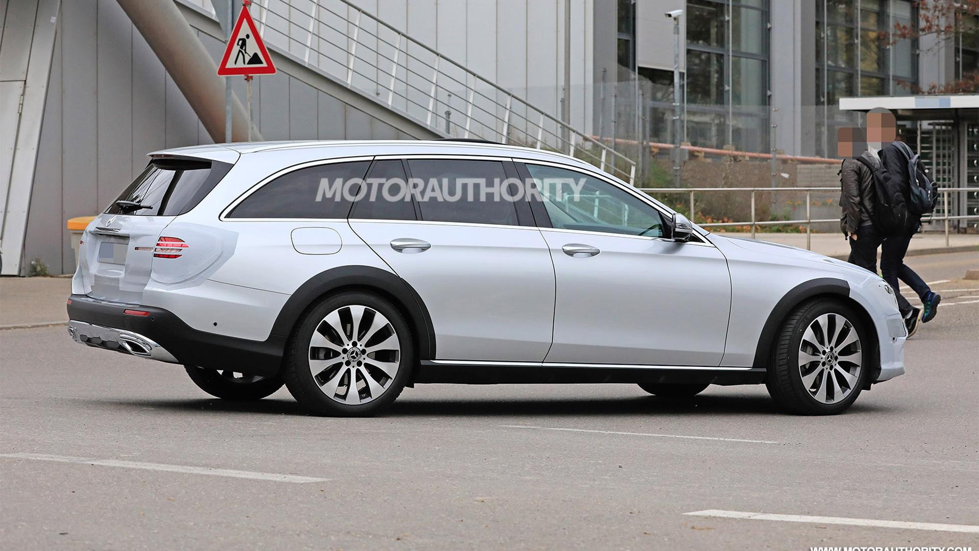 2021 Mercedes-Benz E-Class All-Terrain spy shots