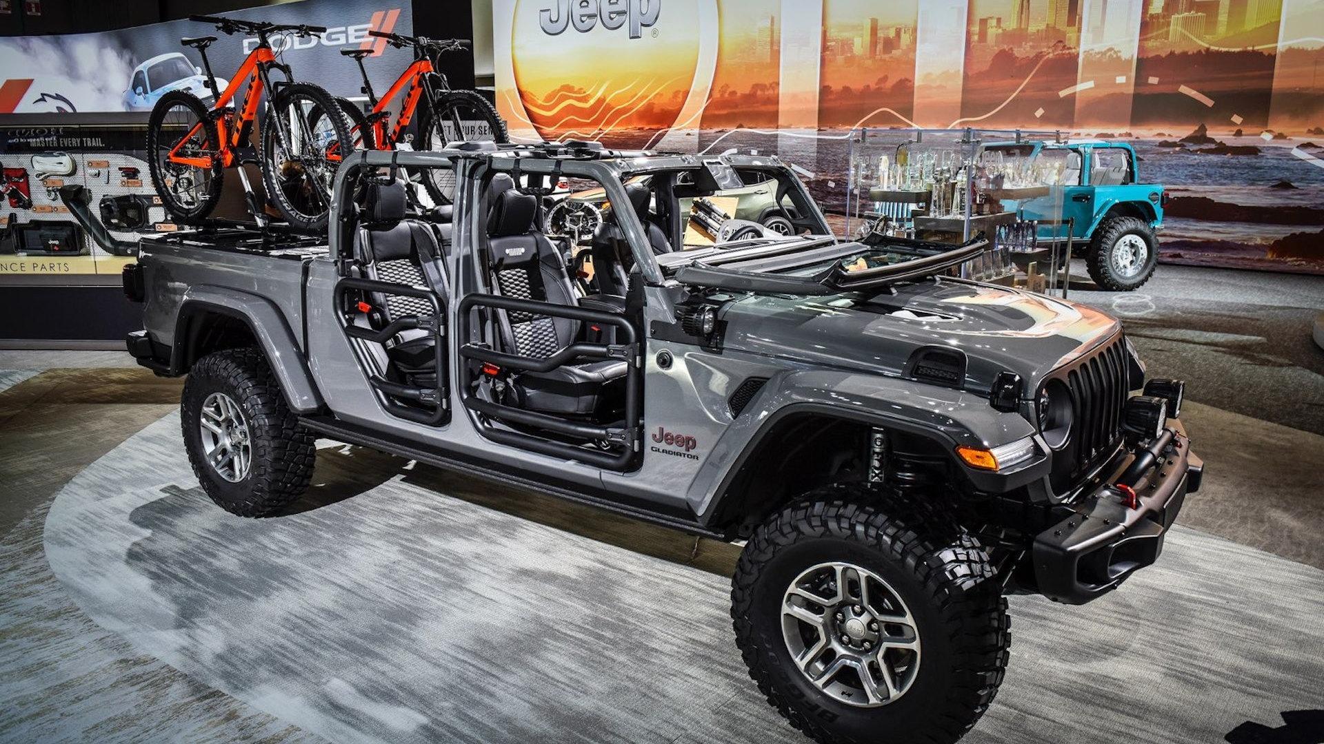 2020 Jeep Gladiator with Mopar accessories