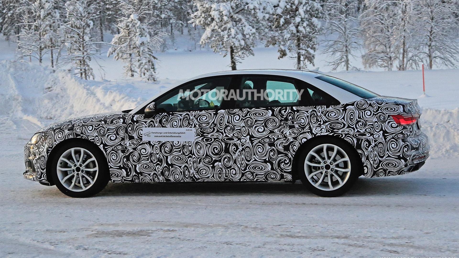 2021 Audi A4 facelift spy shots - Image via S. Baldauf/SB-Medien