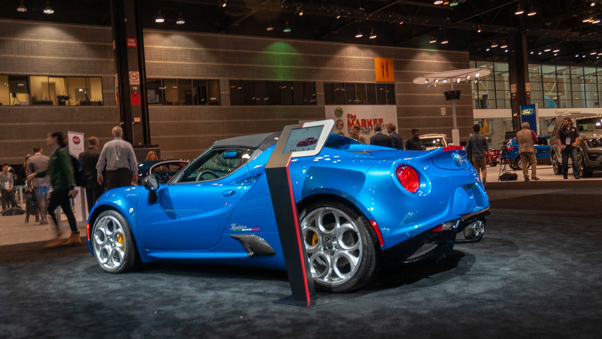 Limited-Edition 2020 Alfa Romeo 4C Spider Italia, 2019 Chicago Auto Show