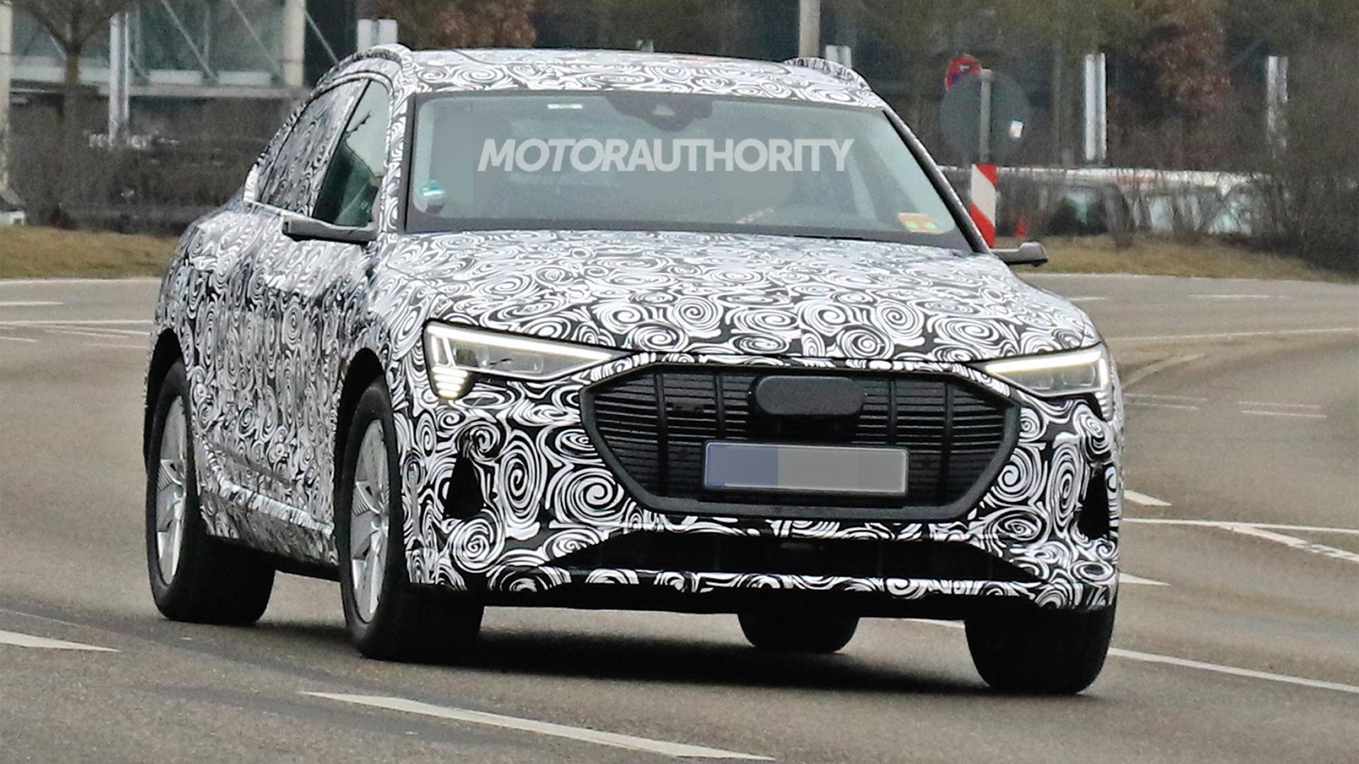 2020 Audi e-tron Sportback spy shots - Image via S. Baldauf/SB-Medien