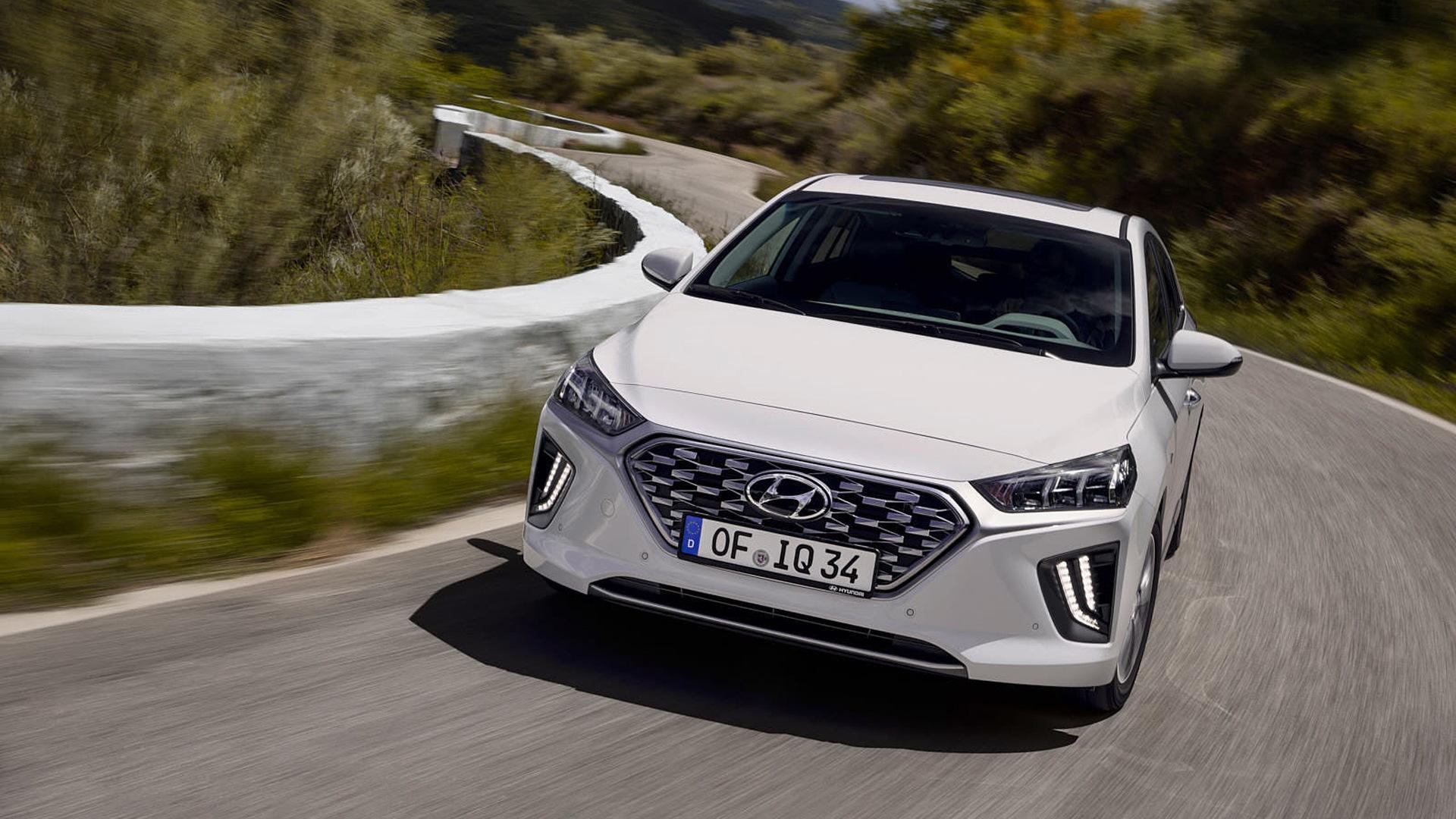 2020 Hyundai Ioniq Plug-In Hybrid (European spec)