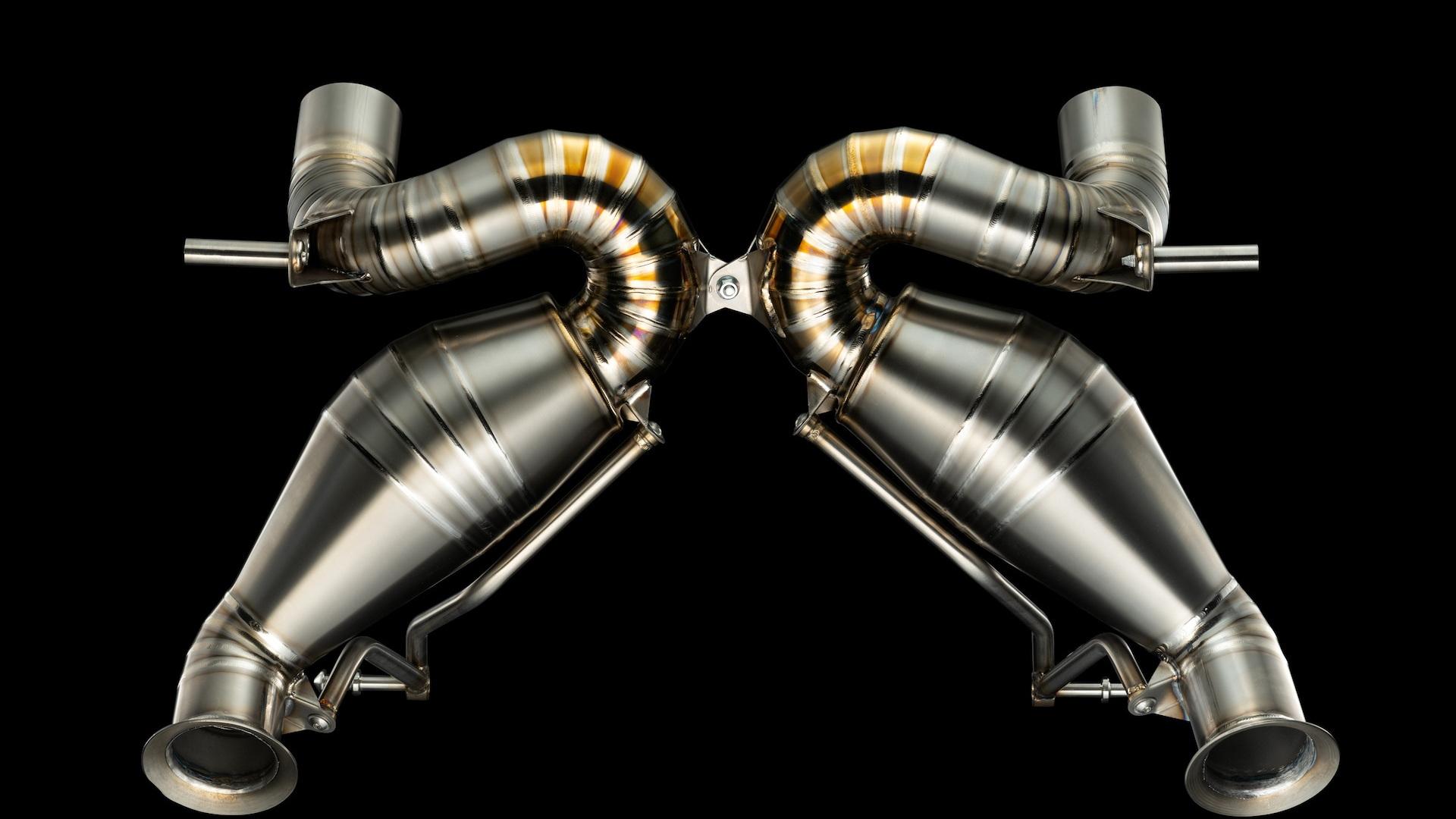 Valentino Balboni exhaust for Lamborghini Aventador SVJ