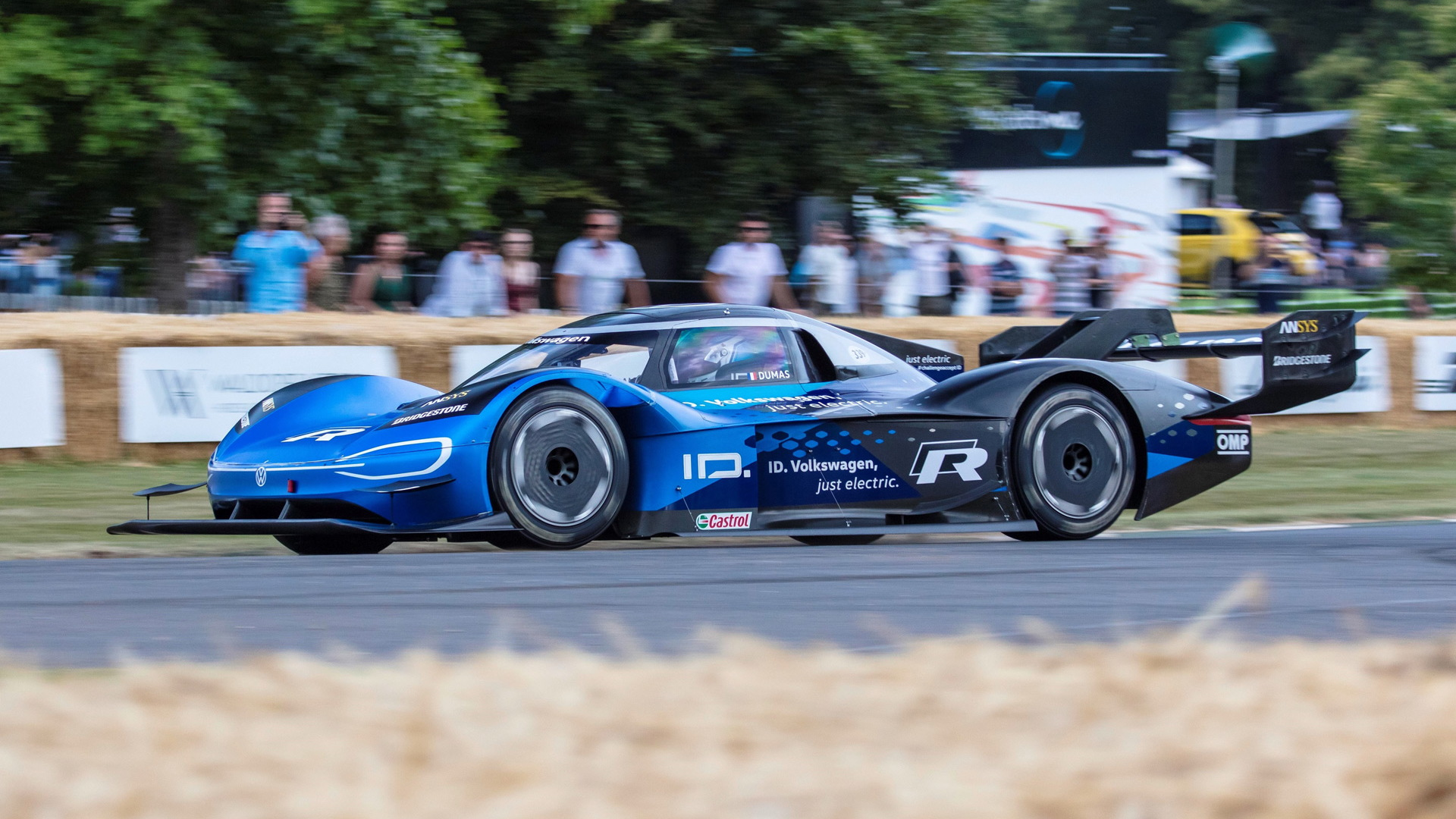 Electric VW sportscar shatters McLaren F1 hillclimb record at Goodwood - twice!