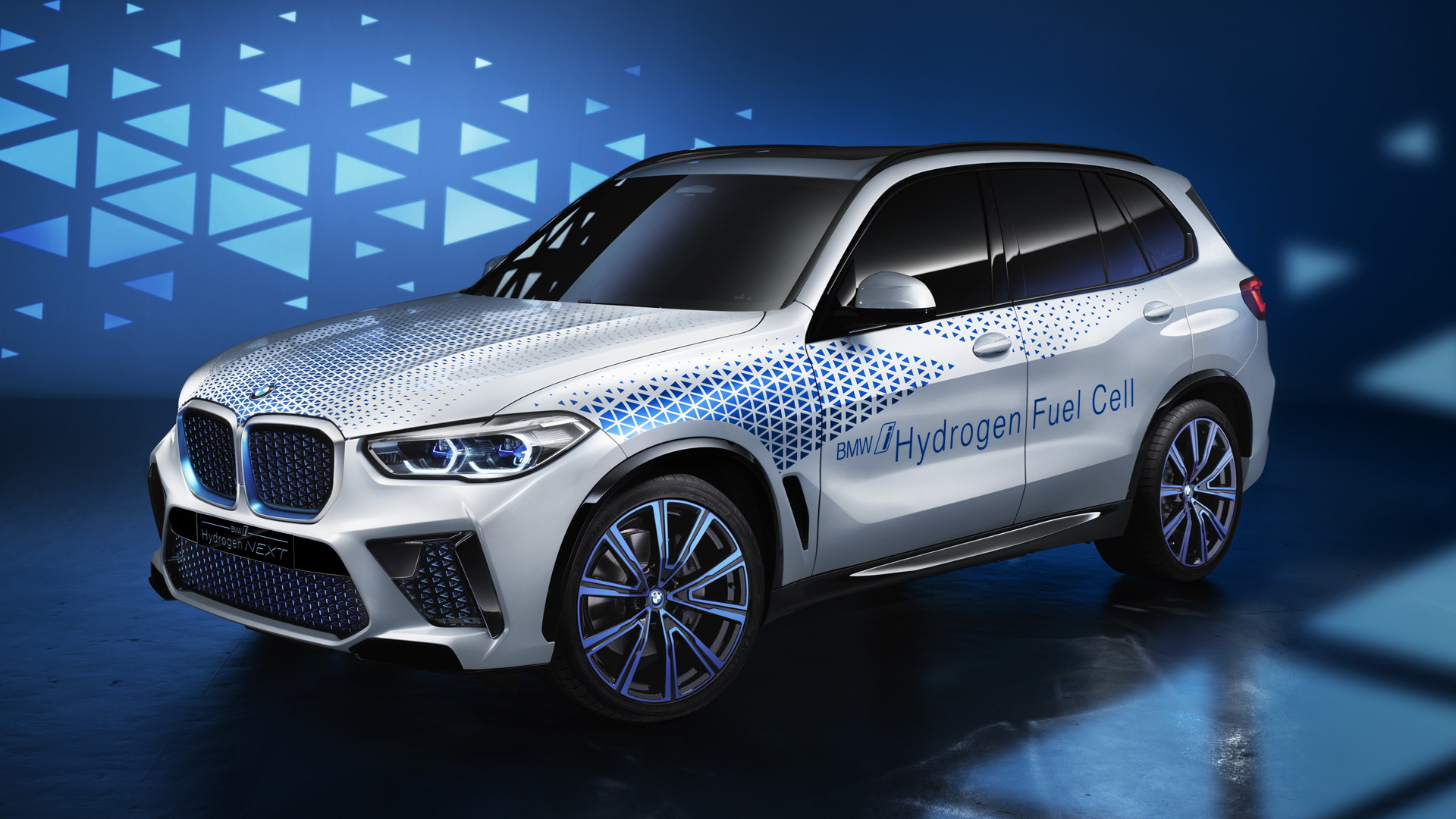 2021 BMW X5 Will Introduce Electric Version >> Car Spy Shots News Reviews And Insights Motor Authority