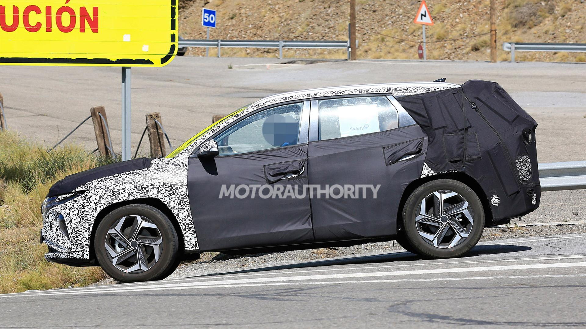 2021 Hyundai Tucson spy shots - Photo credit: S. Baldauf/SB-Medien