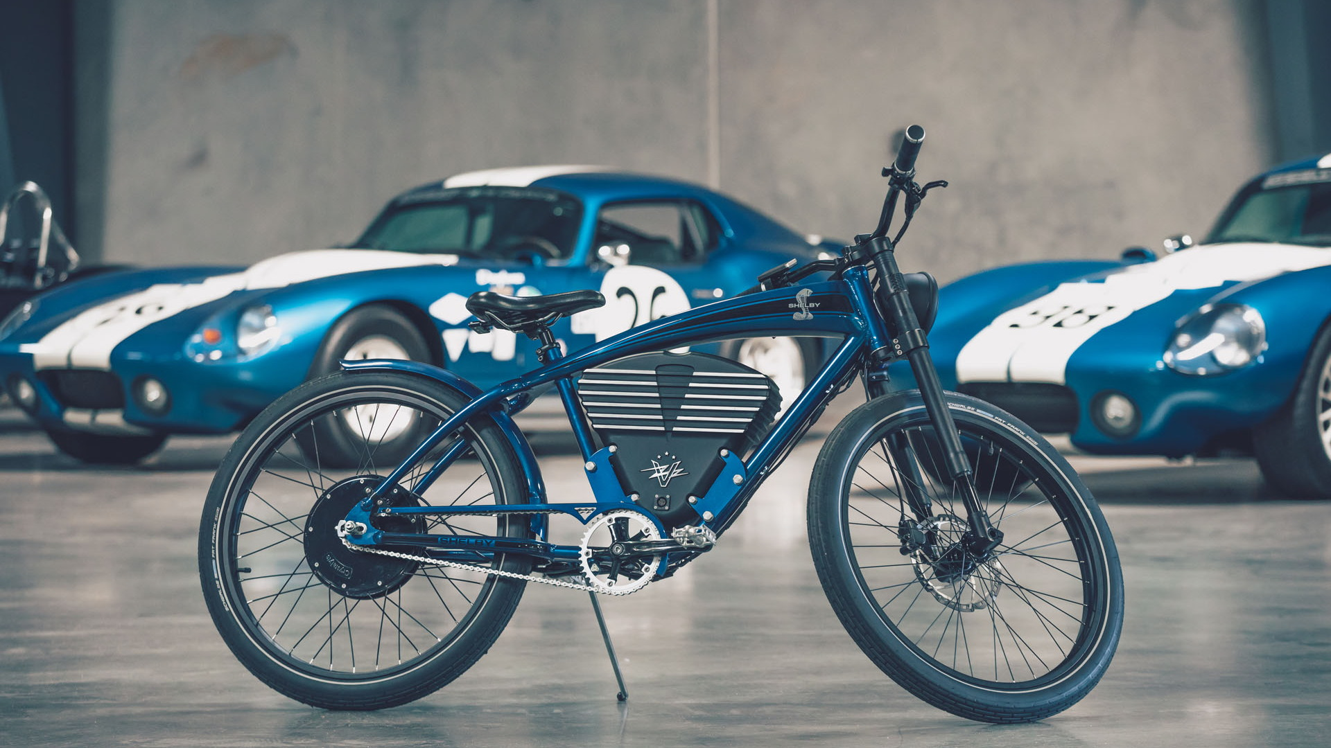 Vintage Electric Shelby throttle bike