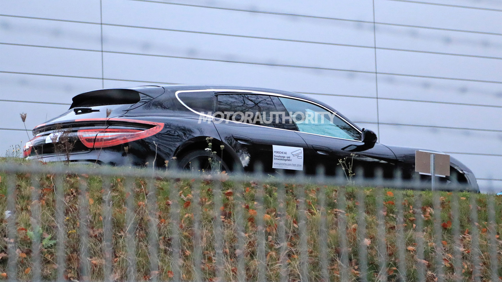 2021 Porsche Taycan Cross Turismo spy shots - Photo credit: S. Baldauf/SB-Medien