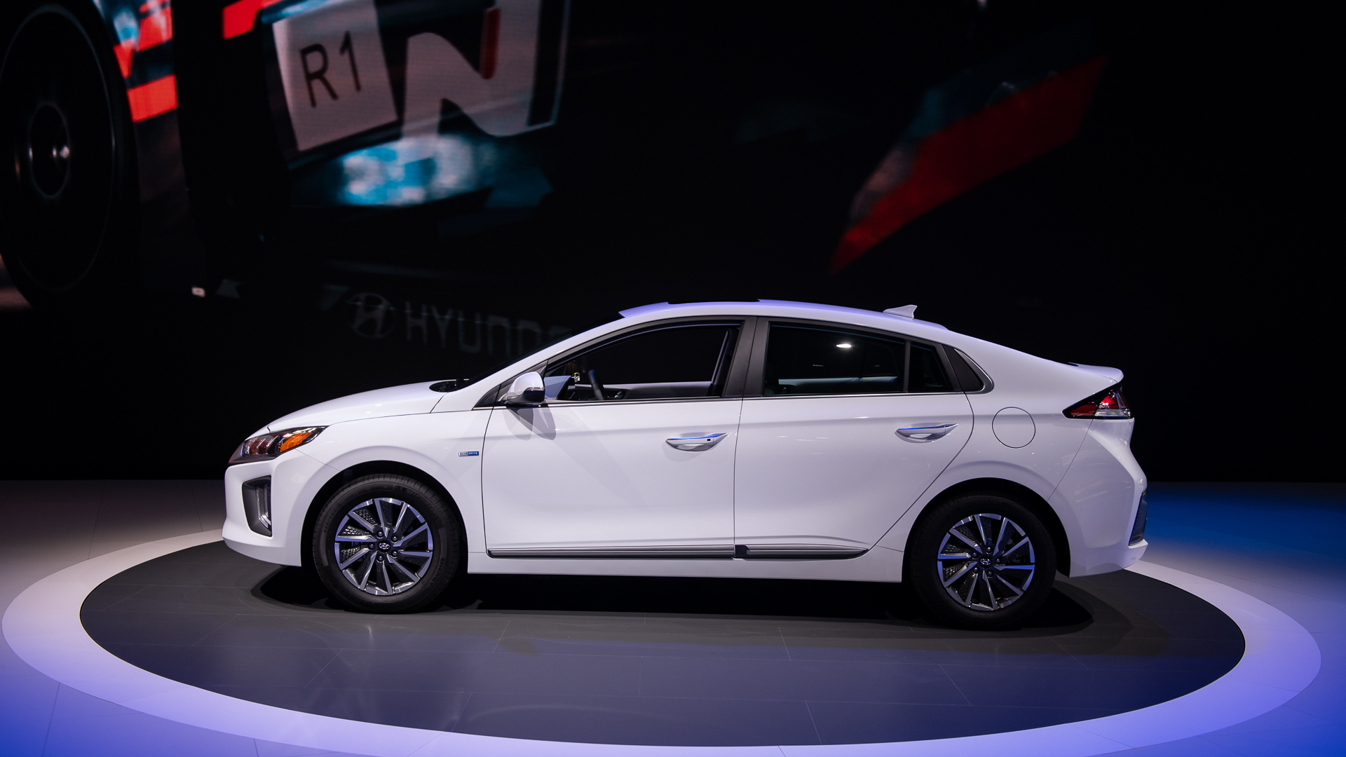 Hyundai Ioniq Electric, 2019 LA Auto Show