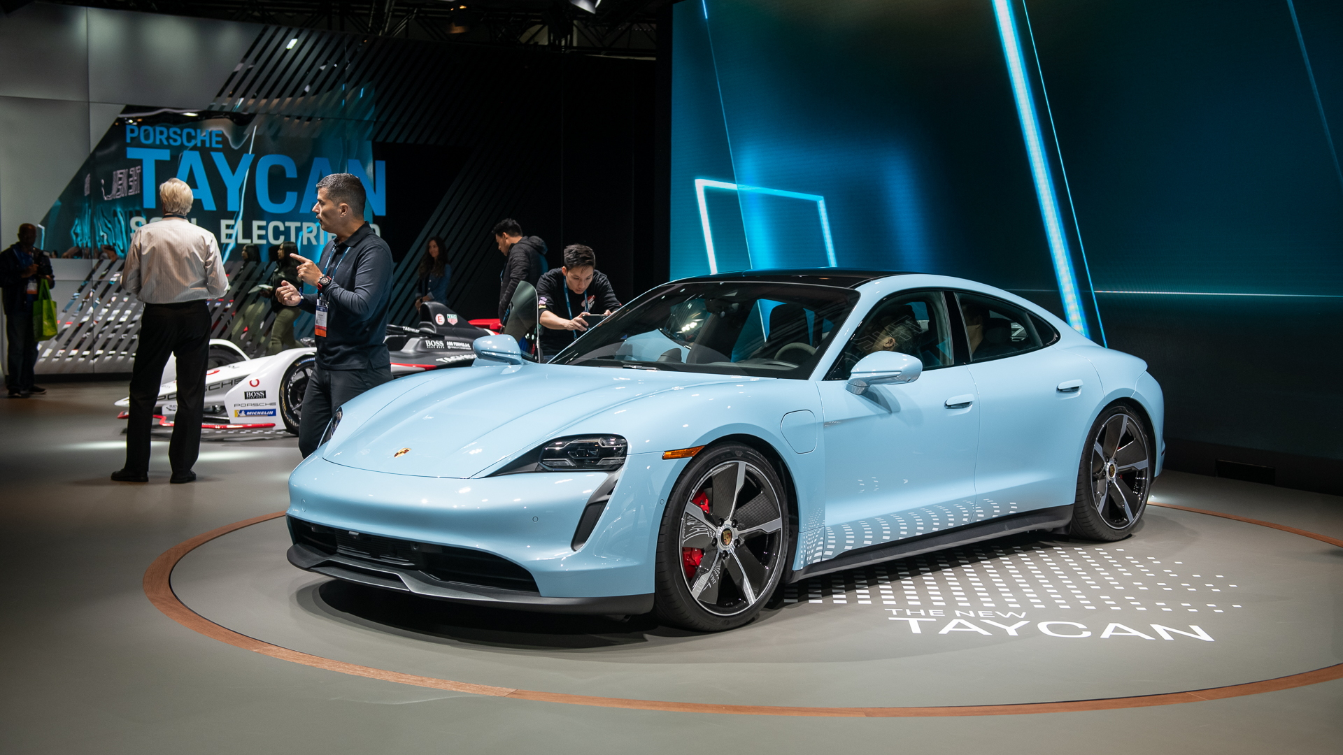 2020 Porsche Taycan 4s Debuts With 105 150 Price Tag