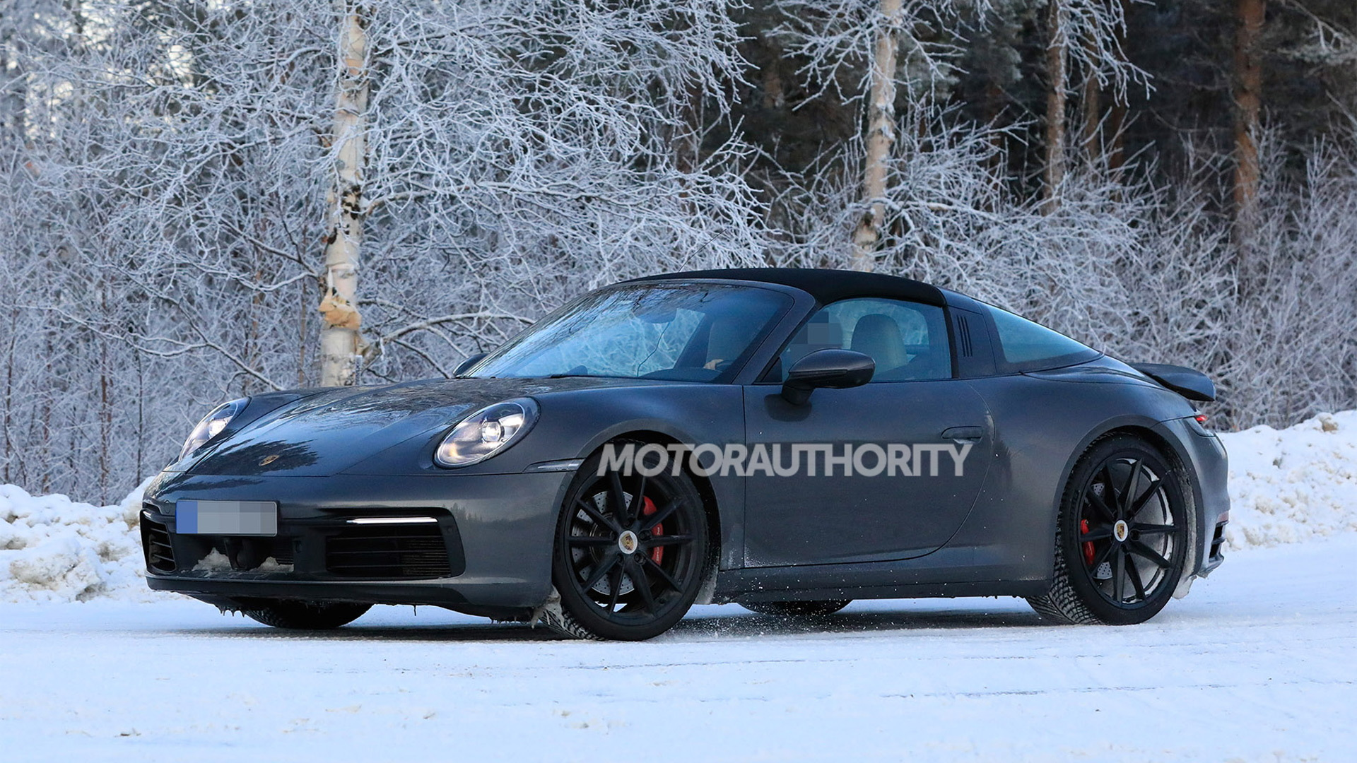 2021 Porsche 911 Targa spy shots - Photo credit: S. Baldauf/SB-Medien