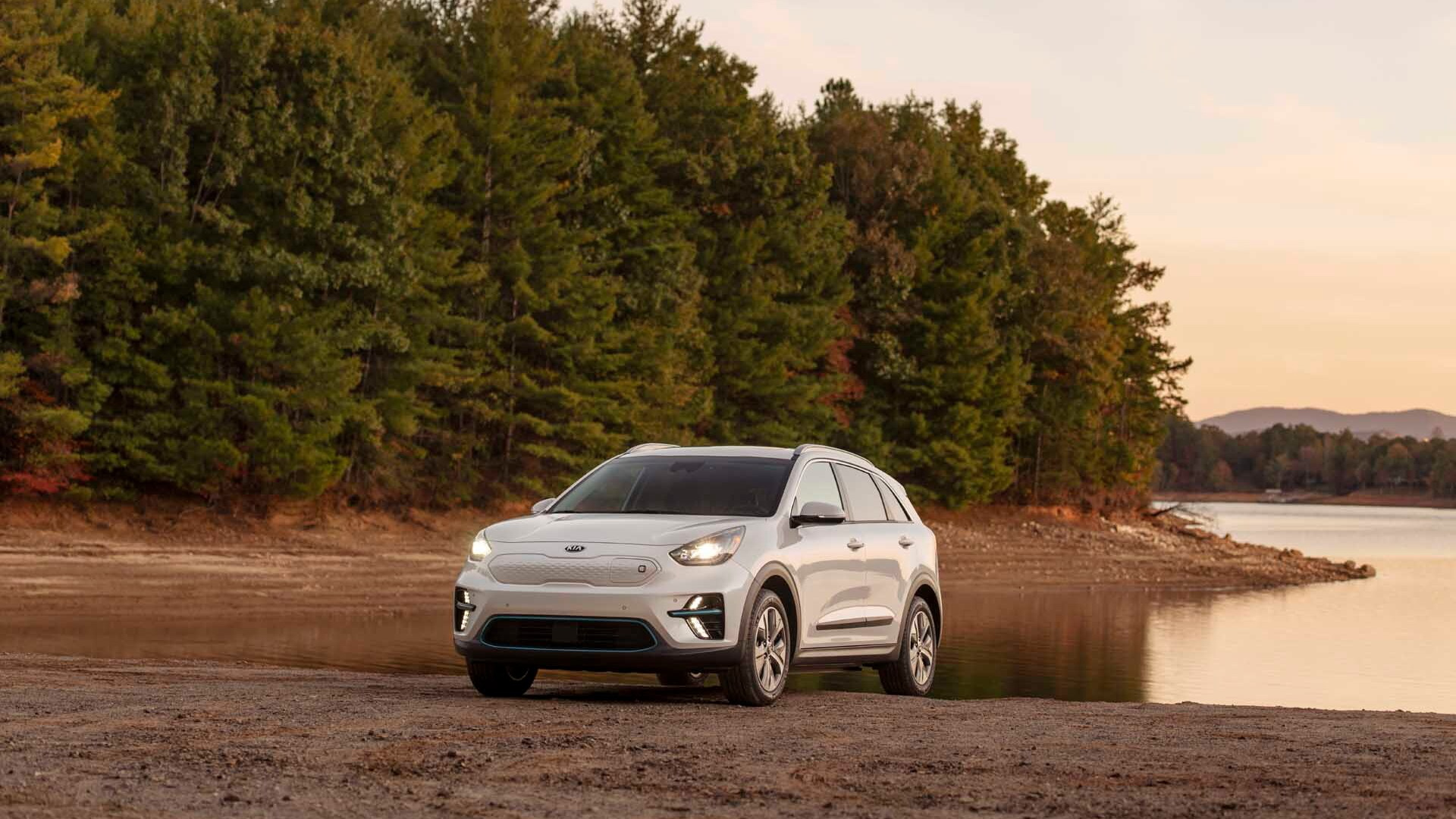 2019 Kia Niro EV - Best Car To Buy 2020
