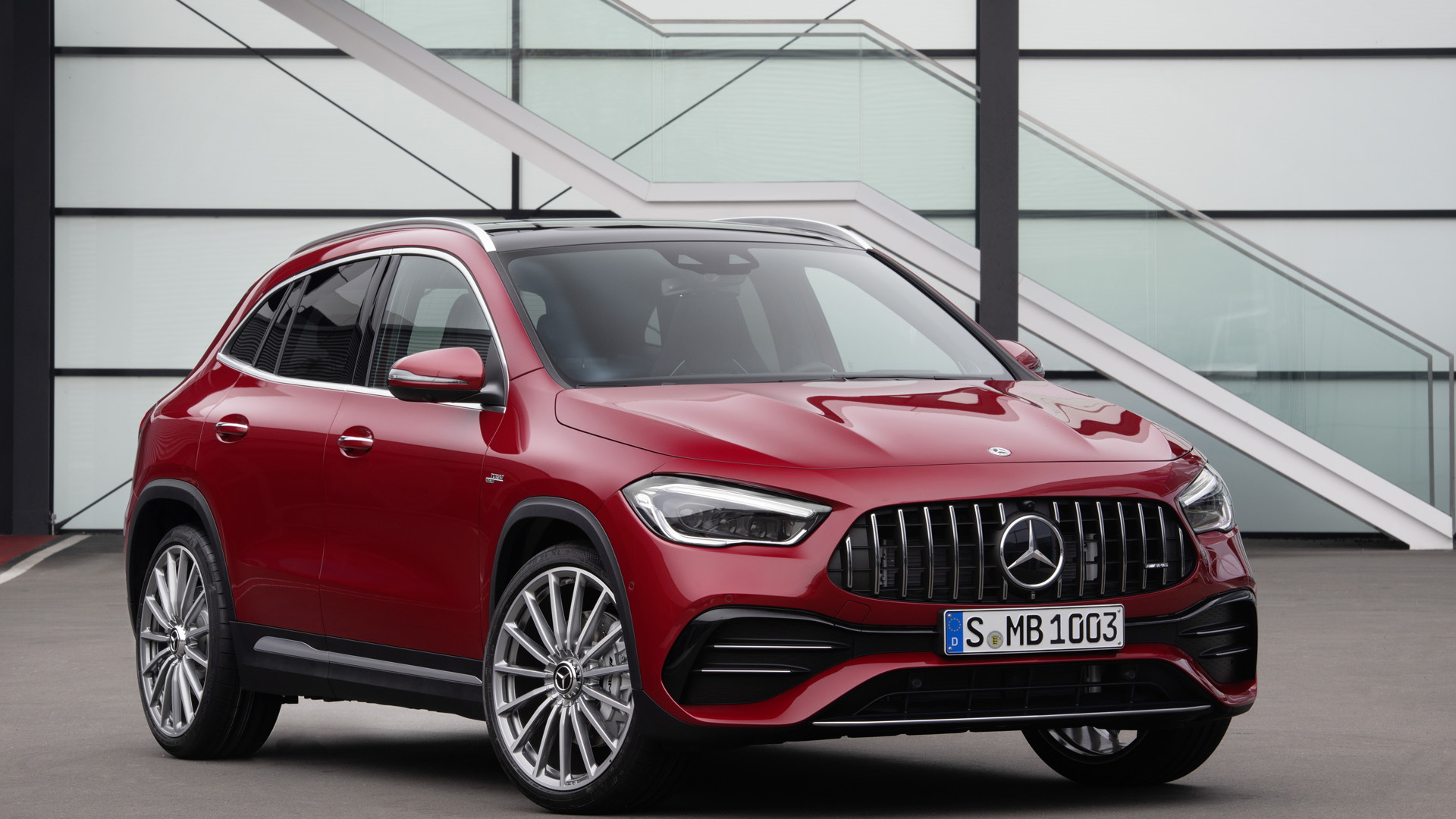2021 Mercedes-AMG GLA35