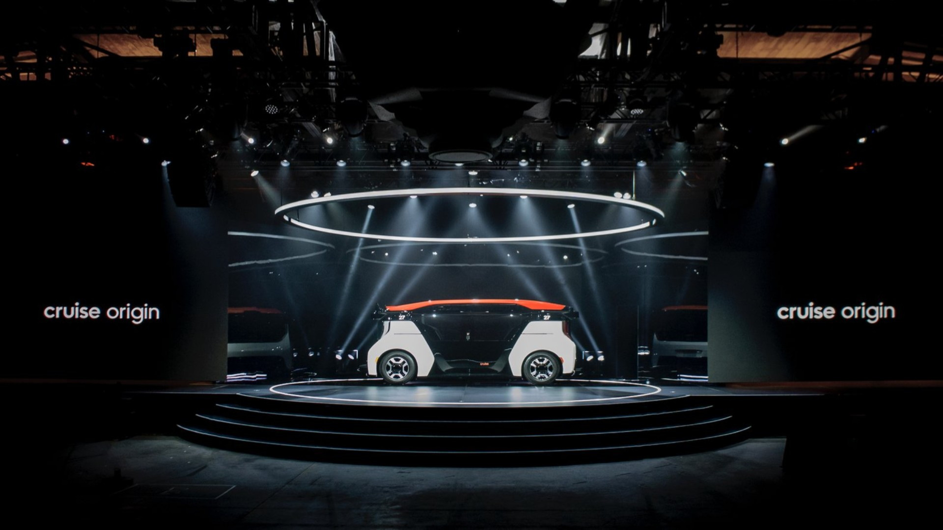 Cruise Origin driverless electric car intro  -  January 2020