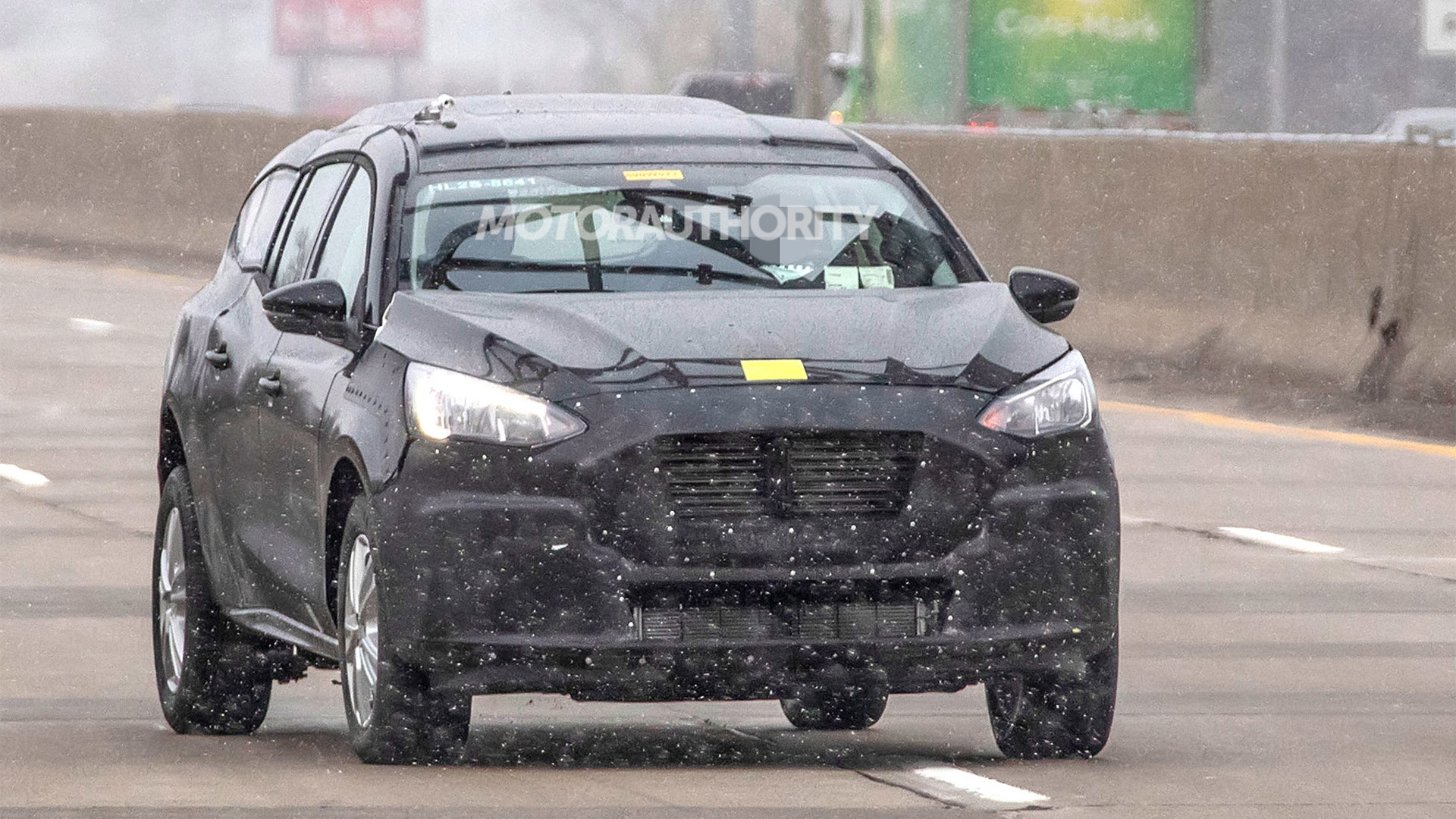 2022 Ford Transit Connect test mule spy shots - Photo credit: S. Baldauf/SB-Medien