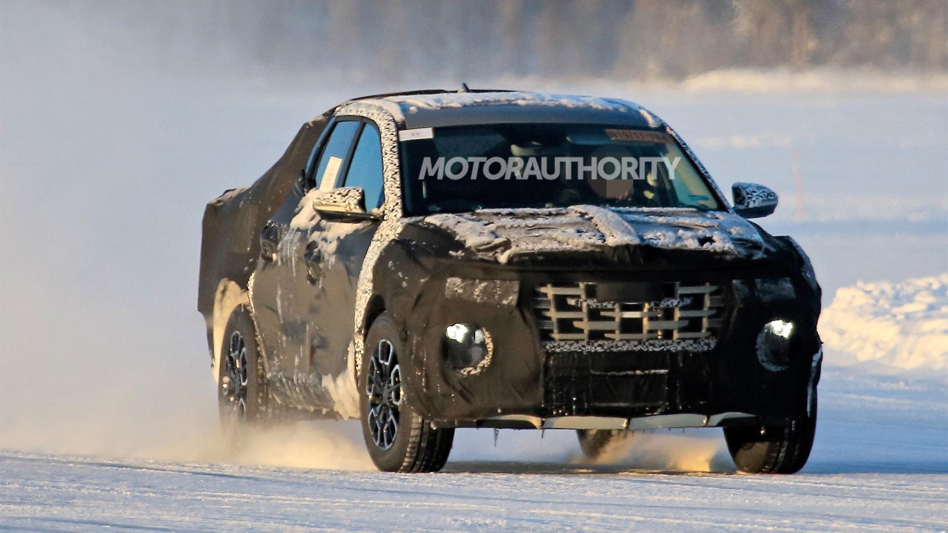 2022 Hyundai Santa Cruz spy shots - Photo credit:S. Baldauf/SB-Medien
