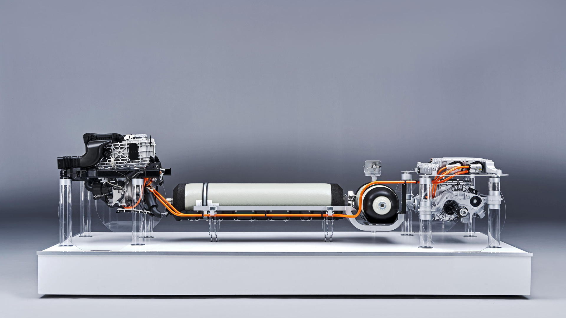 BMW hydrogen-electric powertrain entering production in 2022