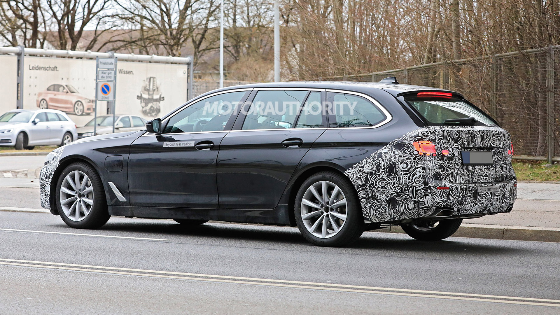 2021 bmw 5series touring spy shots and video