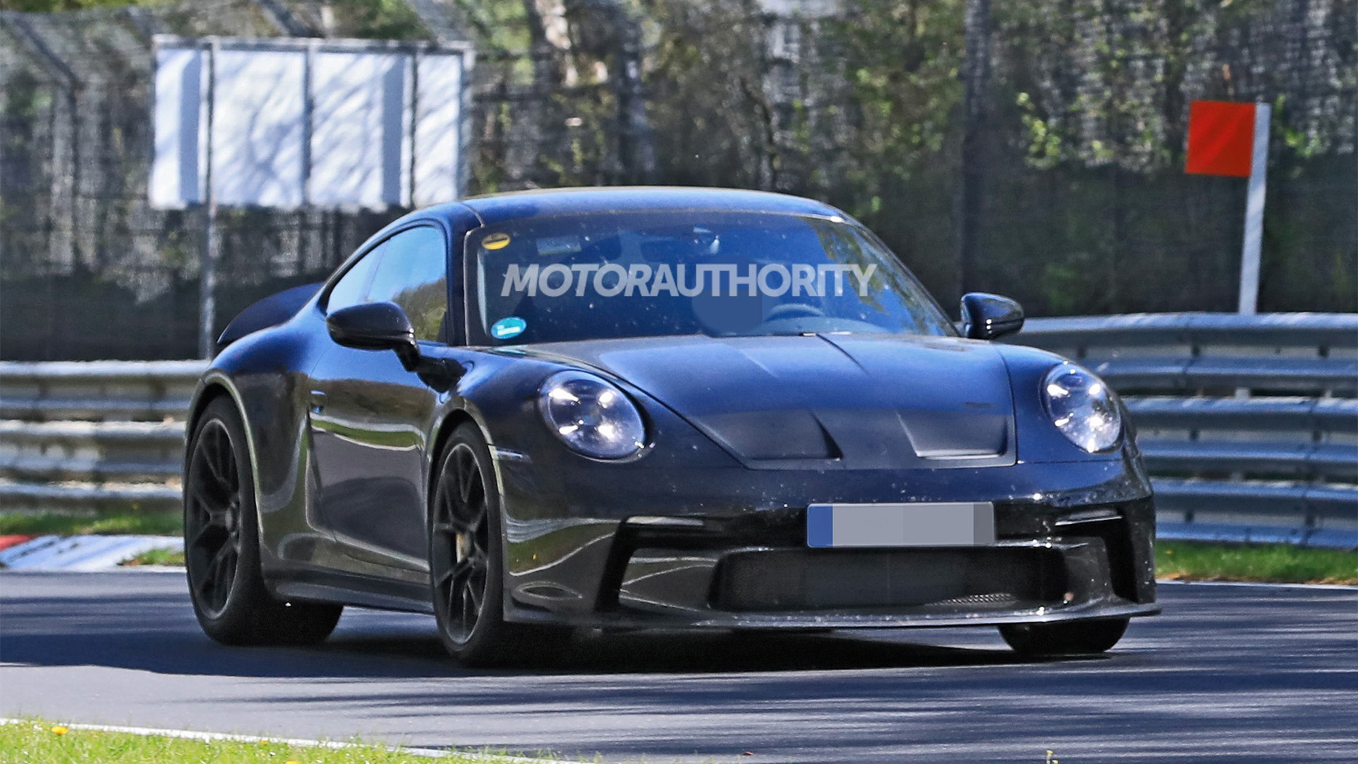 2022 Porsche 911 GT3 Touring spy shots - Photo credit: S. Baldauf/SB-Medien