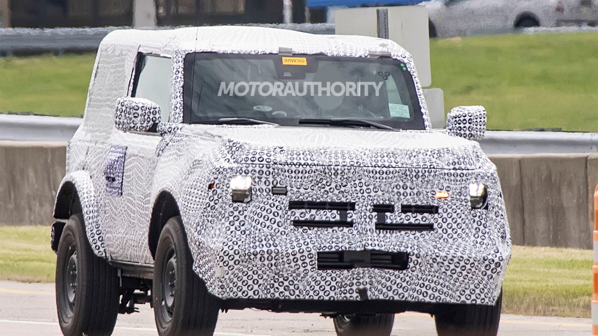 2021 Ford Bronco 3-door spy shots - Photo credit: S. Baldauf/SB-Medien