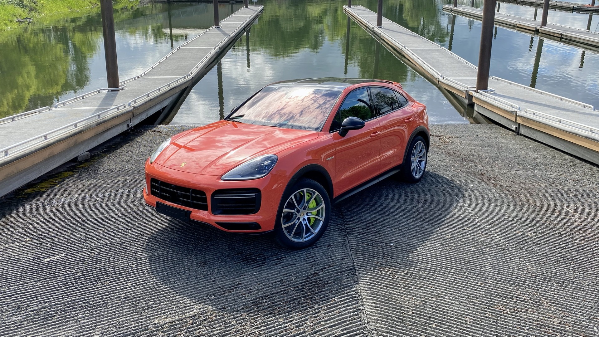 2020 Porsche Cayenne Turbo S E-Hybrid Coupe drive review  -  July 2020