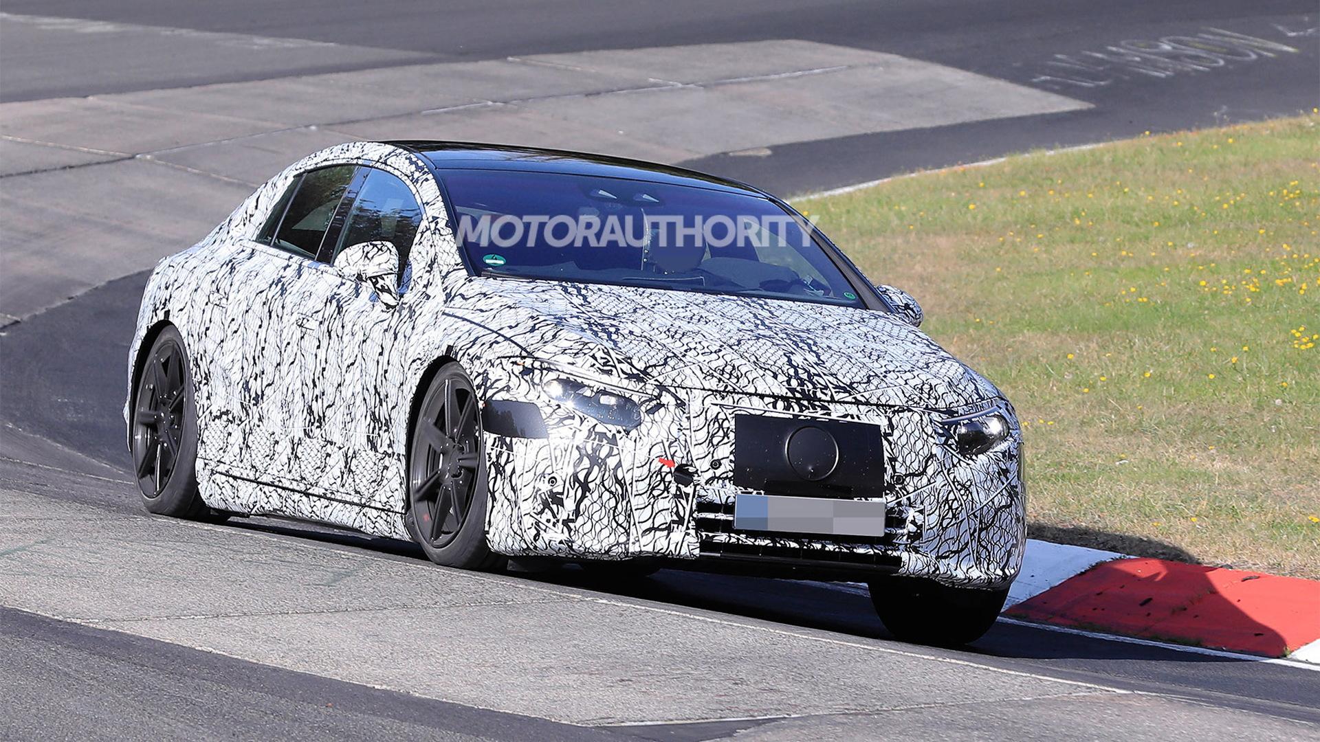 2022 Mercedes-Benz EQS spy shots - Photo credit: S. Baldauf/SB-Medien