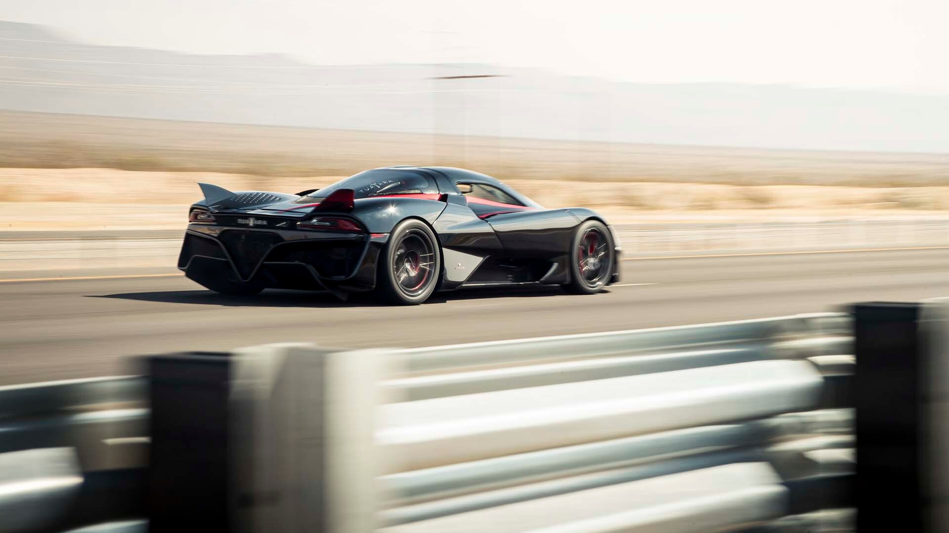 American SSC Tuatara supercar sets 316 miles per hour  speed record on Nevada highway