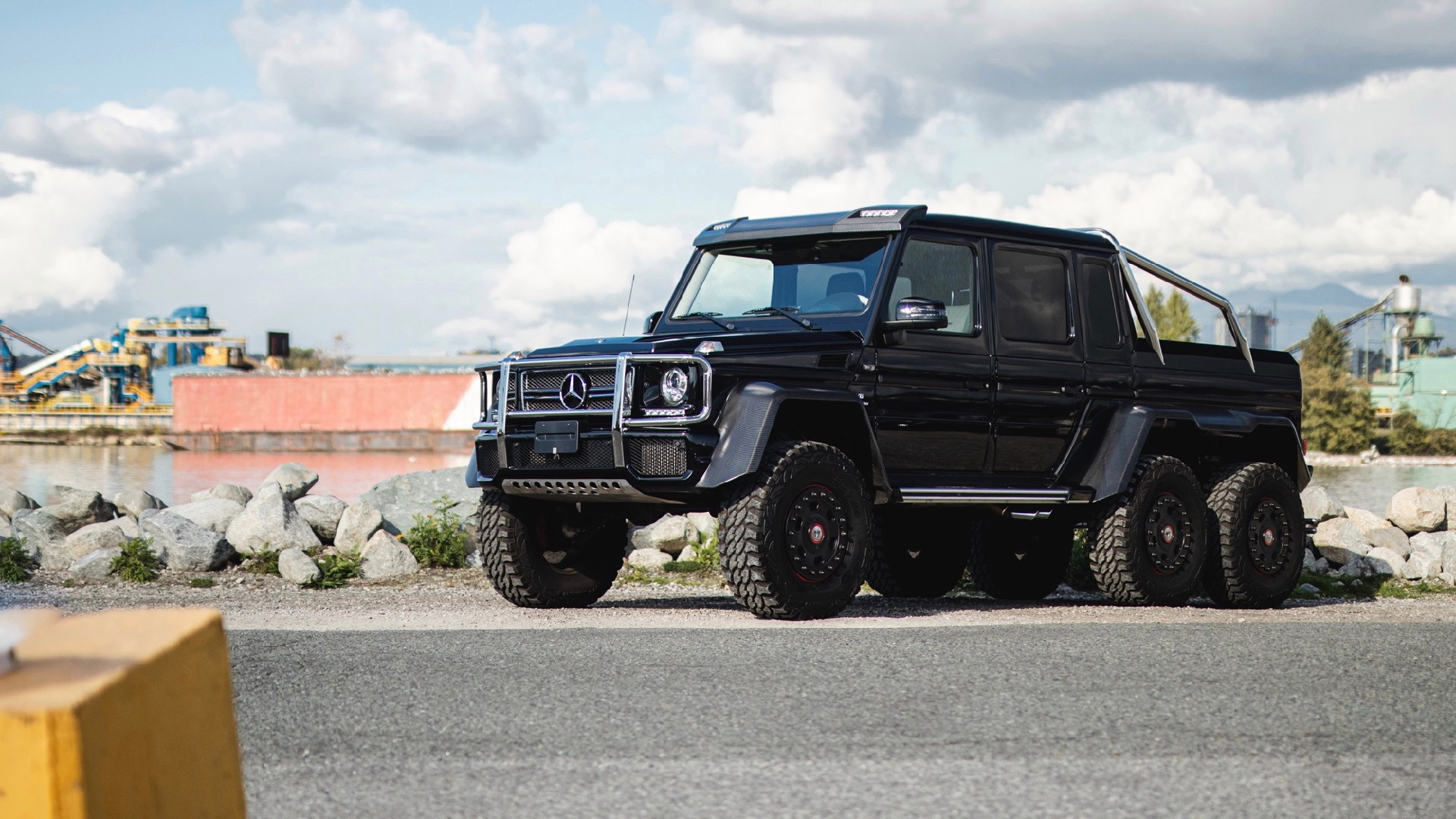 Raid The 401k 2014 Mercedes Benz G63 Amg 6x6 For Sale On Bring A Trailer