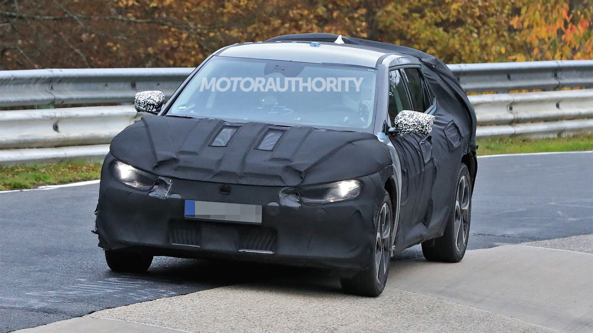2022 Kia CV electric vehicle spy shots - Photo credit: S. Baldauf/SB-Medien
