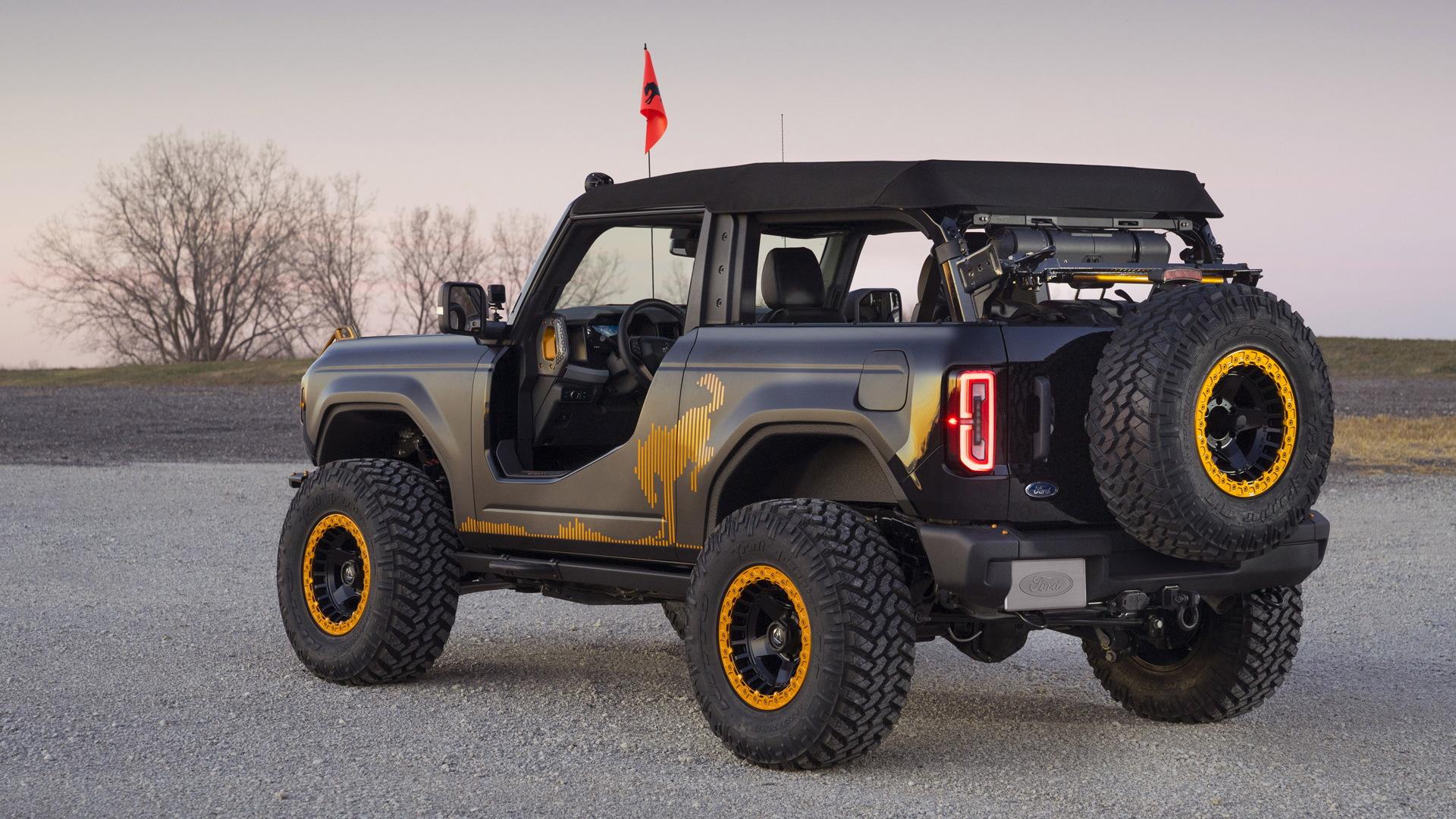 Ford Bronco Badlands Sasquatch 2-Door Concept