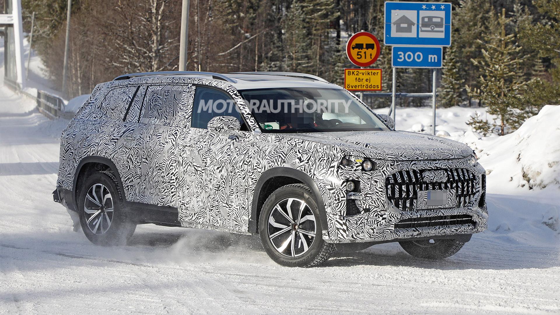 2023 Audi Q9 test mule spy shots - Photo credit:S. Baldauf/SB-Medien