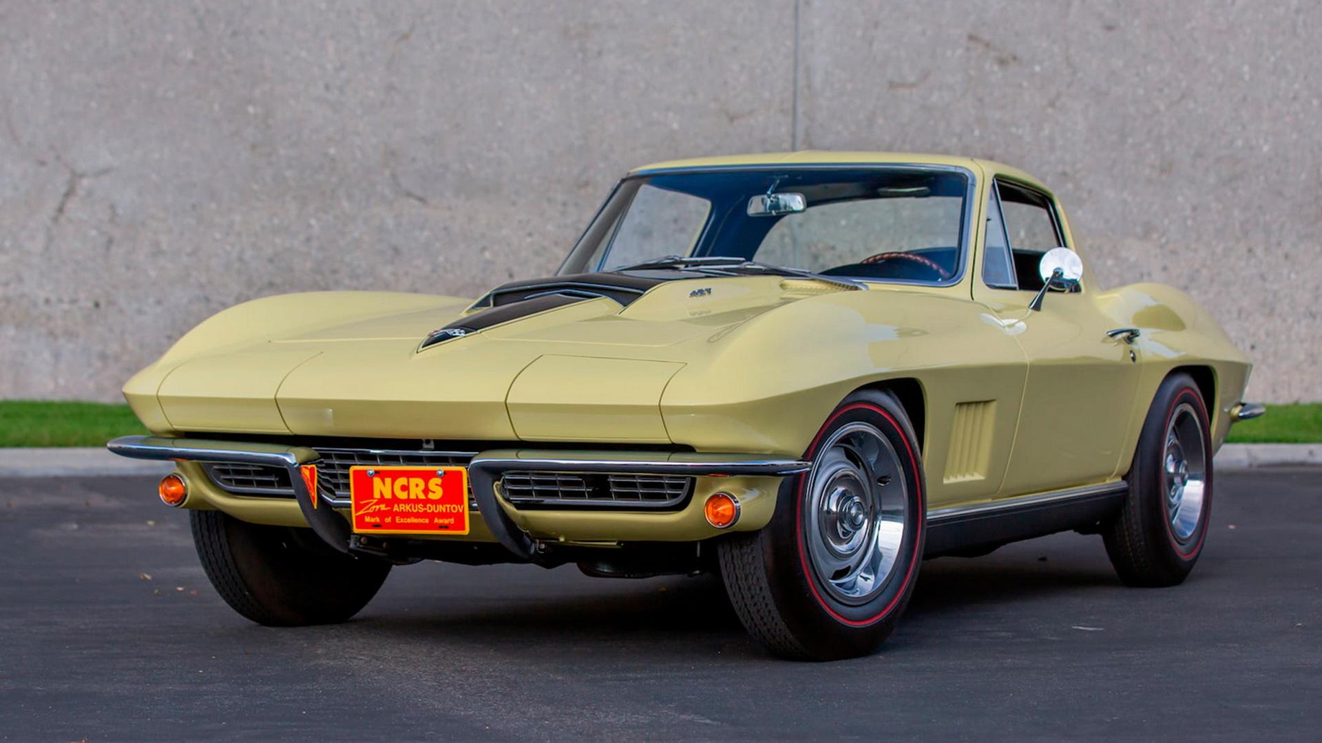 1967 Chevrolet Corvette L88 - Photo credit: Mecum