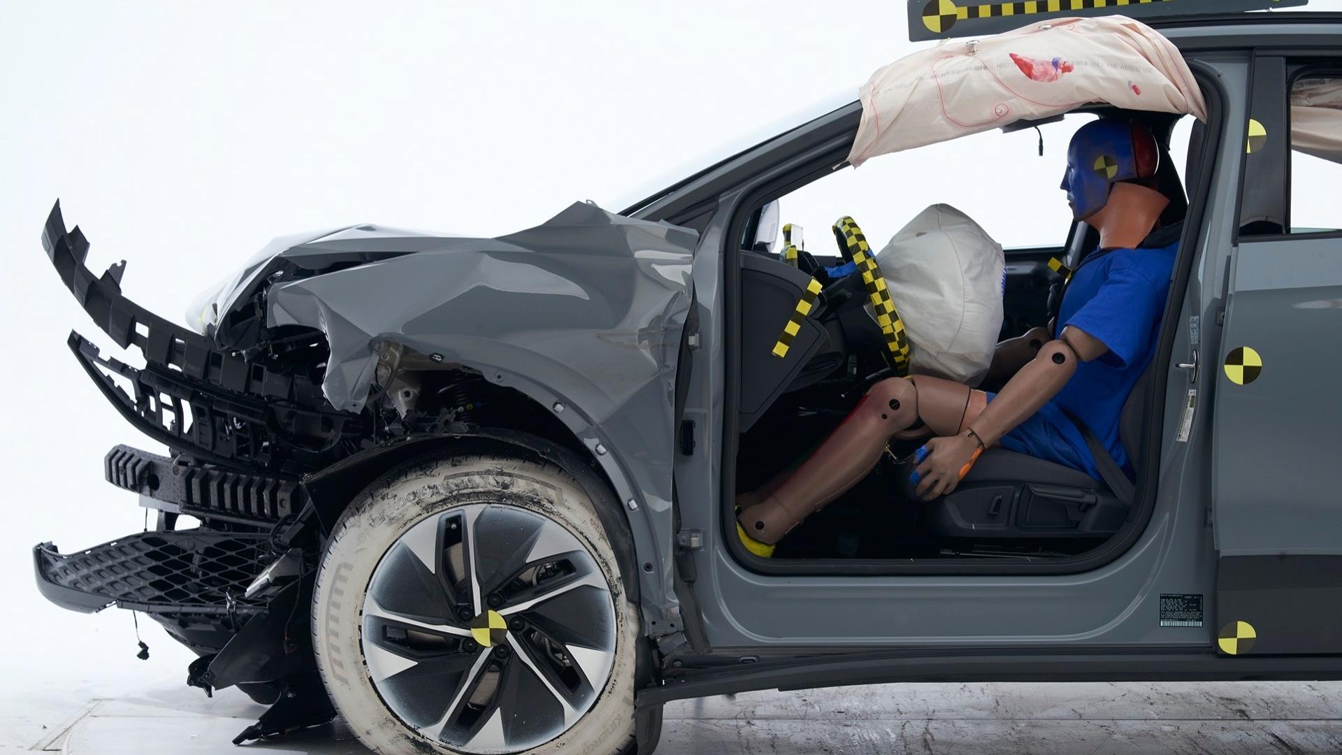 VW ID.4  -  IIHS crash-testing, September 2021