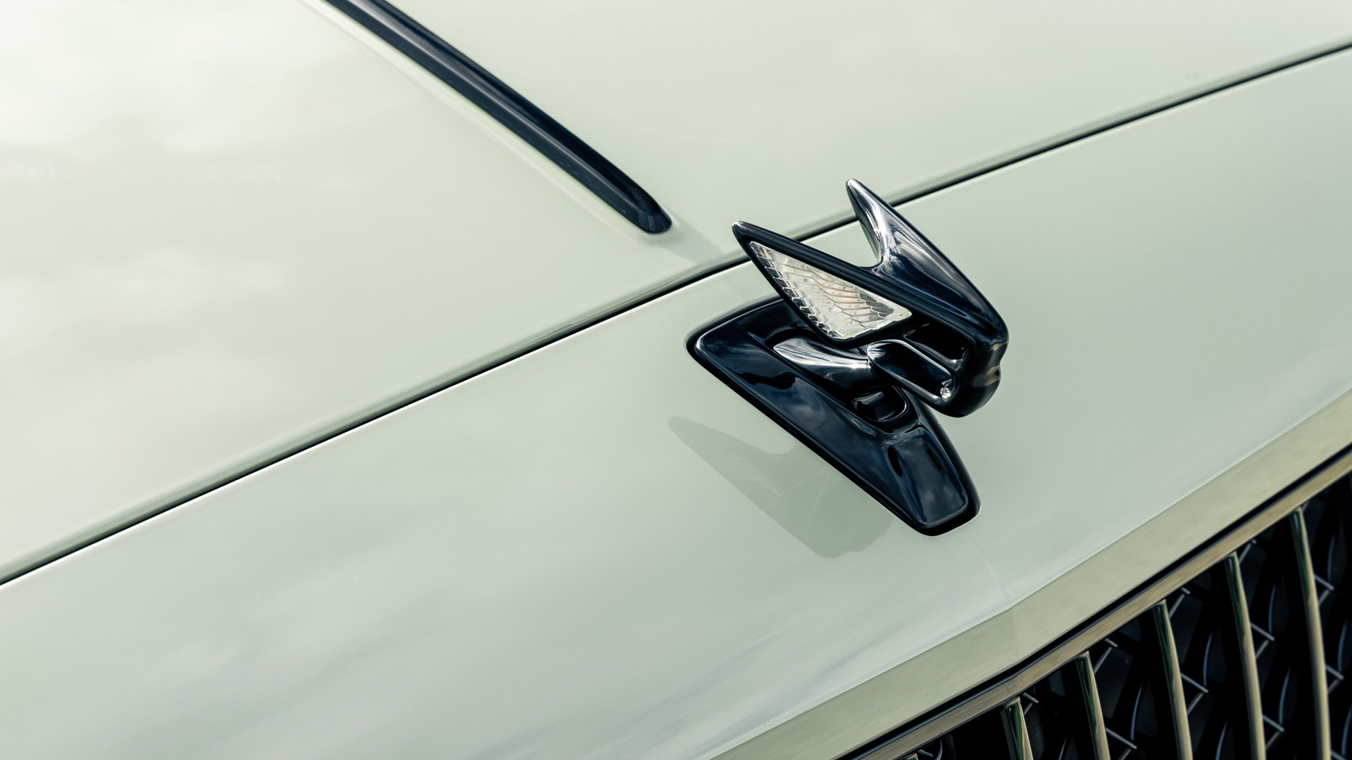 2022 Bentley Flying Spur in Sage Green Heritage Paint