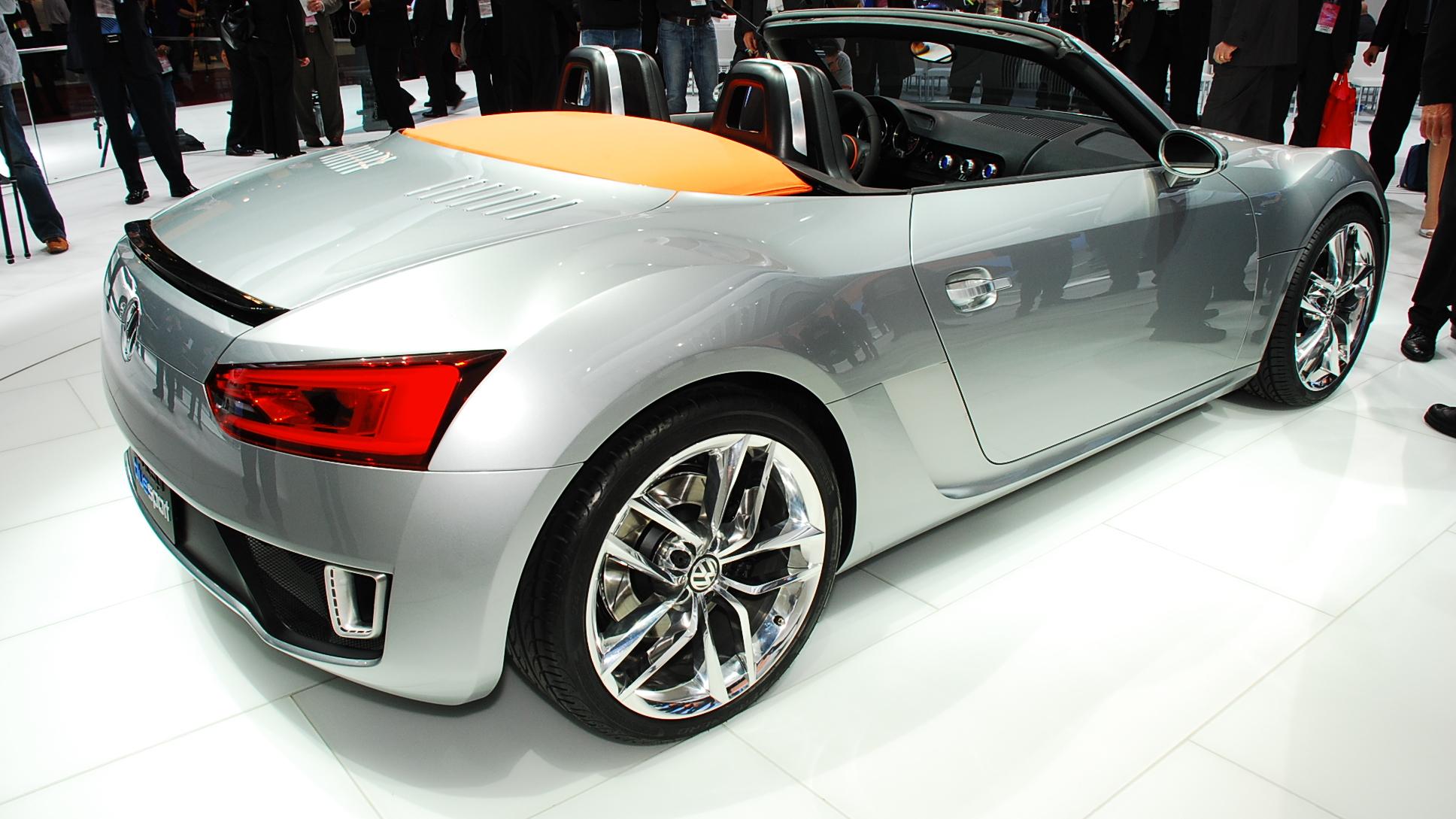 2009 volkswagen bluesport roadster concept live 07 1