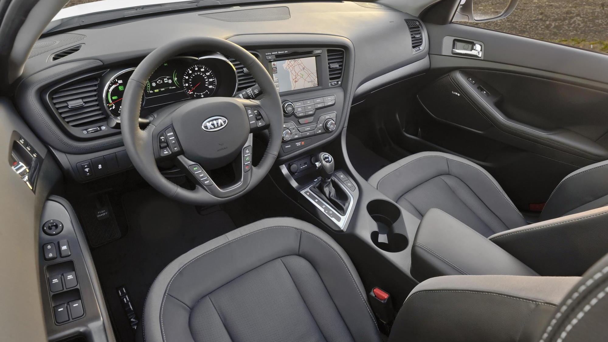 2013 Kia Optima Hybrid: More Space, Improved Gas Mileage