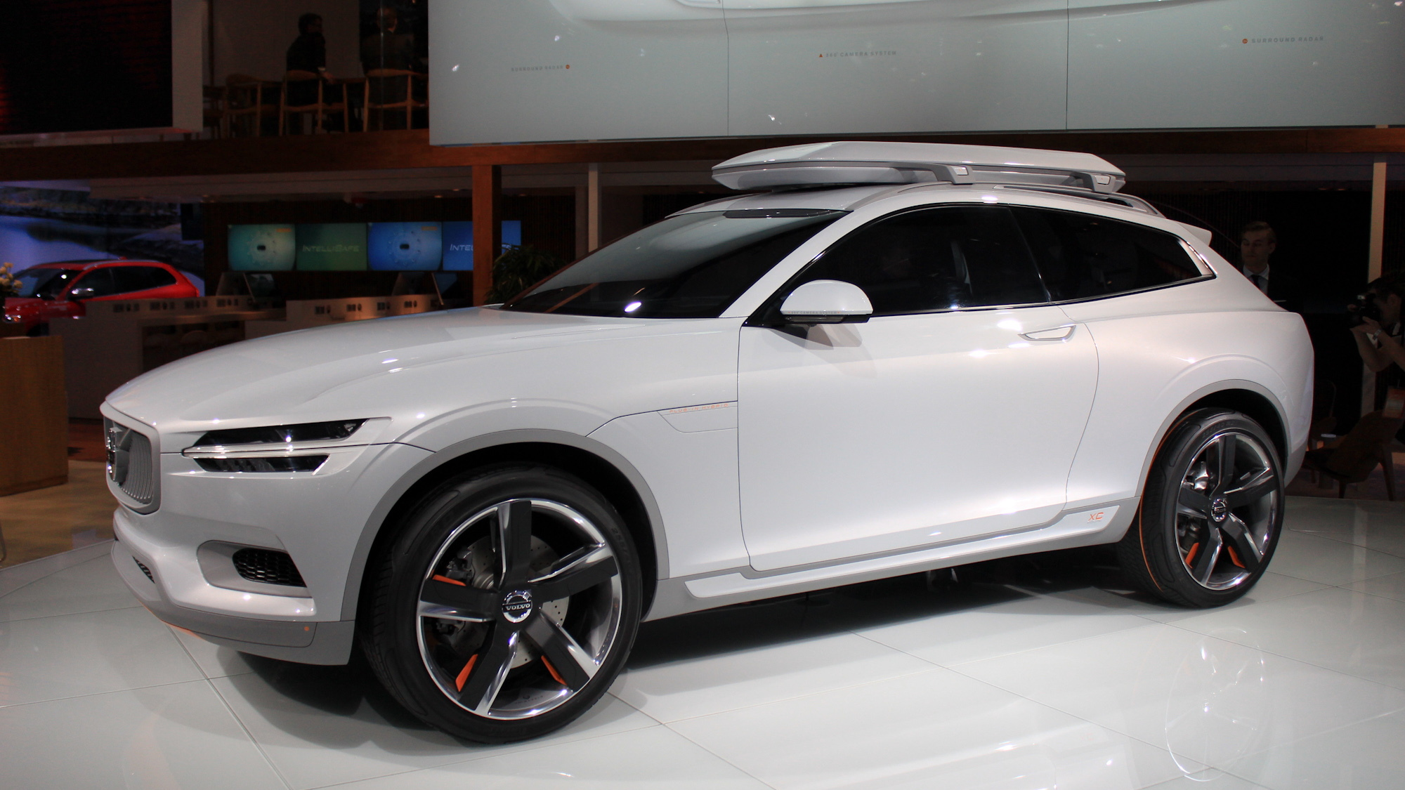 Volvo Xc90 Plug In Hybrid Could Enter Production By 2015