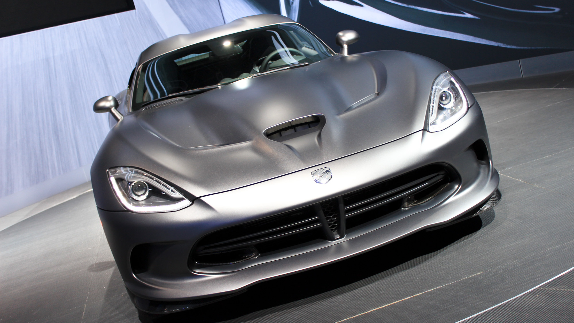 2014 SRT Viper Time Attack Anodized Carbon Special Edition Package
