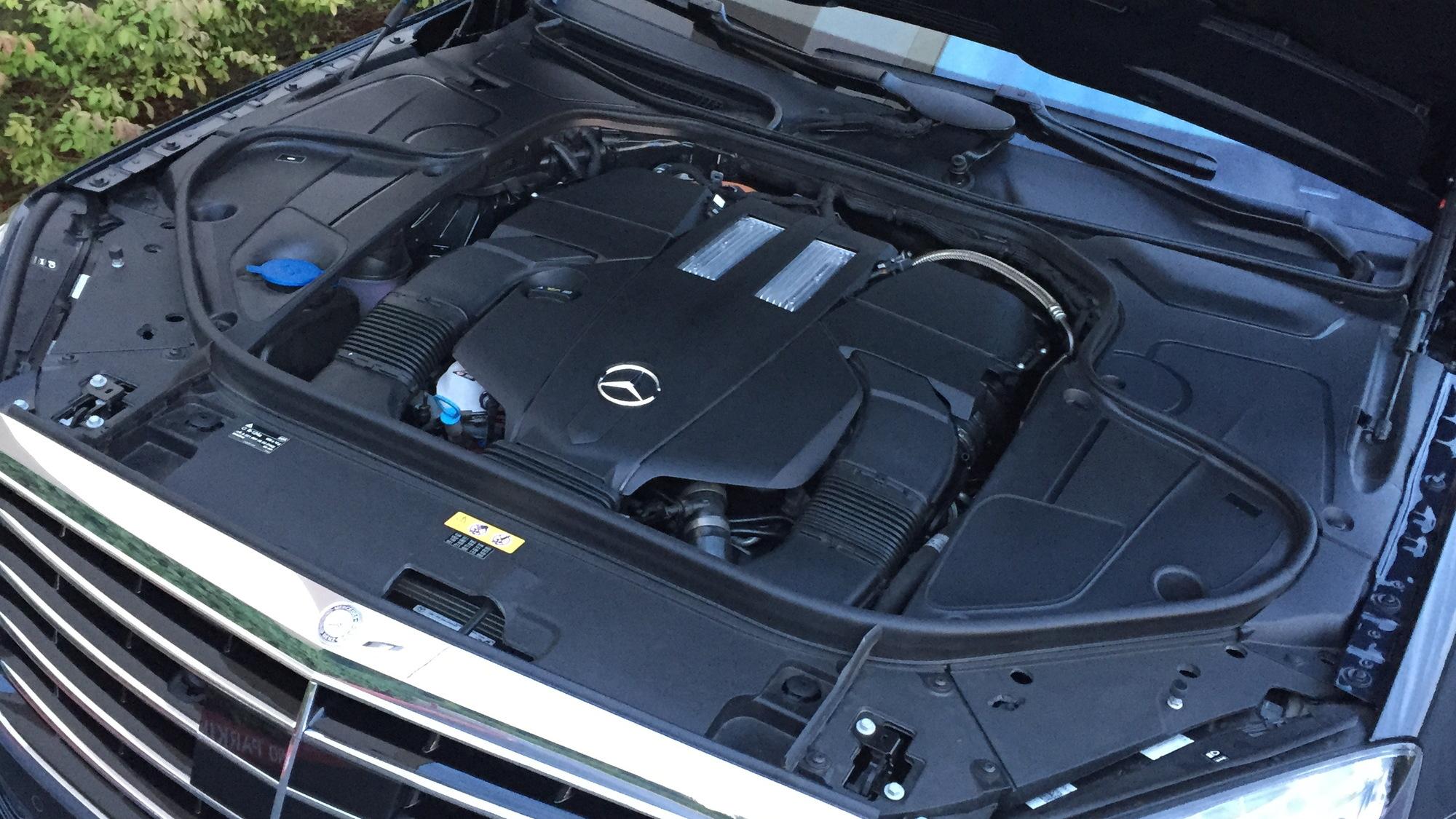 2015 Mercedes-Benz S550e Plug-In Hybrid