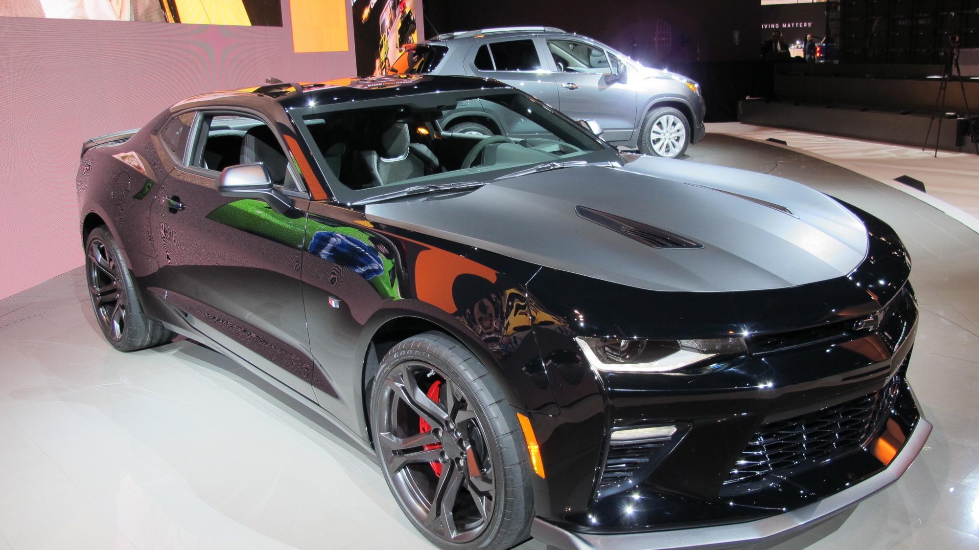 2017 Chevrolet Camaro 1LE, 2016 Chicago Auto Show