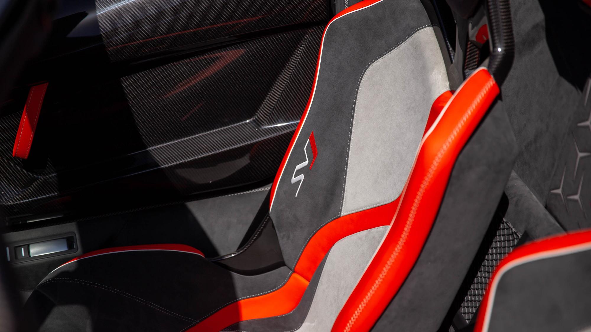 Lamborghini unveiled a pair of special cars at Monterey Car Week