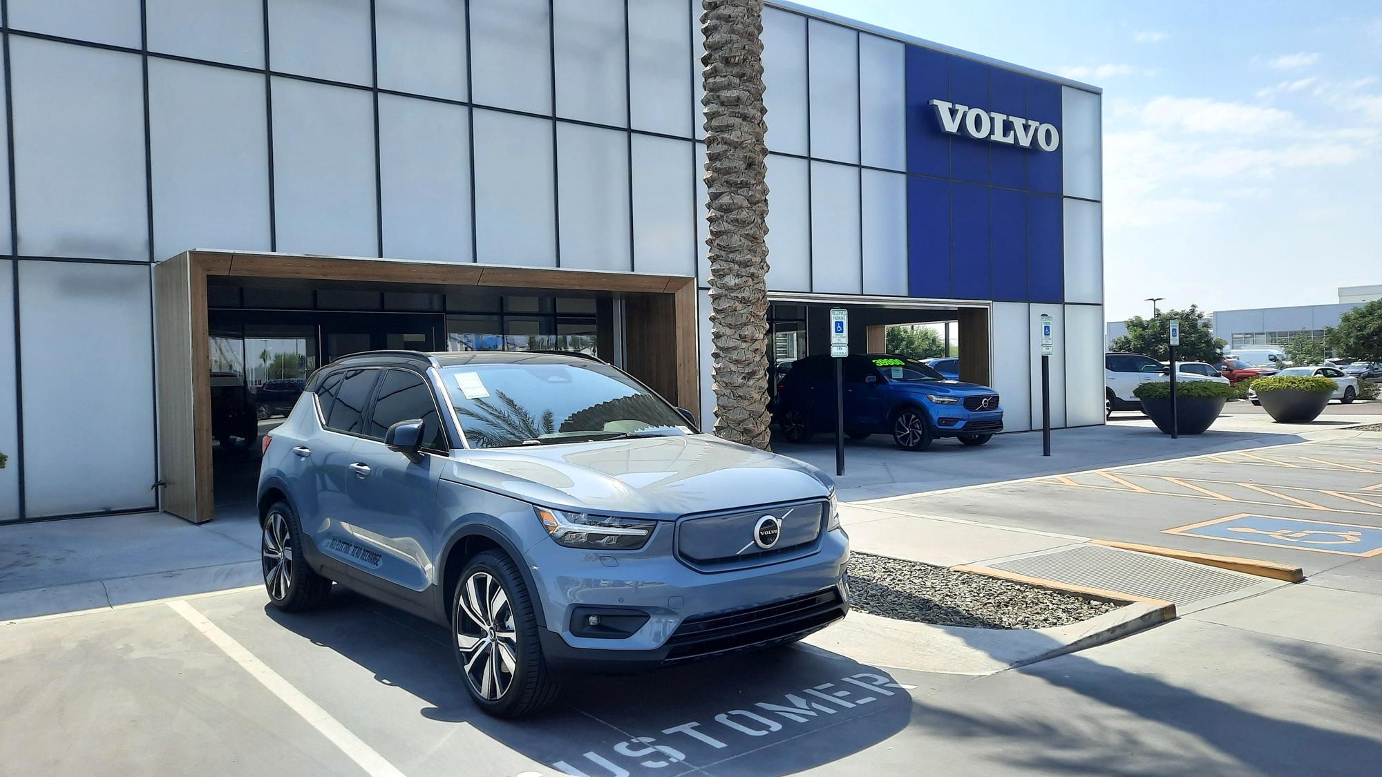Volvo XC40 Recharge  -  Volvo Cars Gilbert, Gilbert AZ  [photo from Chargeway]
