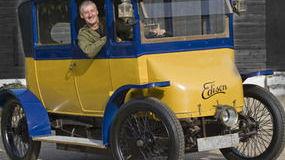 1912 Edison Electric Car. Image: Sunday Express