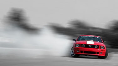 Roush 427R Drifting