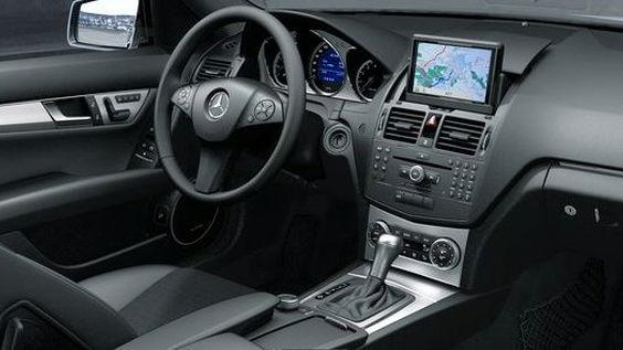 2011 Mercedes-Benz C-Class leak
