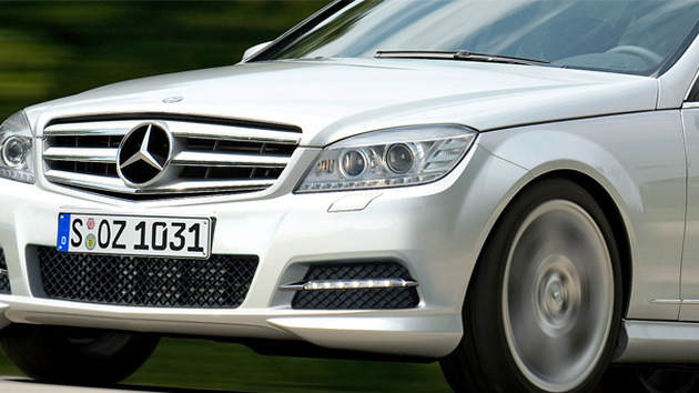 2011 Mercedes Benz C-Class facelift preview rendering