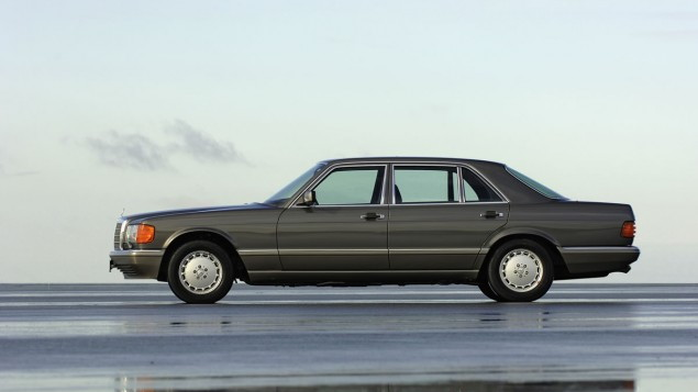 Mercedes-Benz safety - W126 S-Class