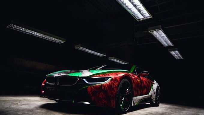 BMW i8 painted by Rene Turrek and inspired by Joker and the Suicide Squad