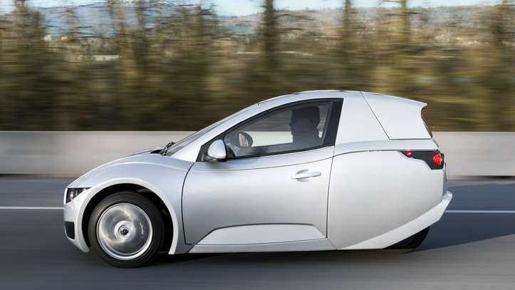 Canadian electric-carmaker Electra Meccanica delivers first vehicle